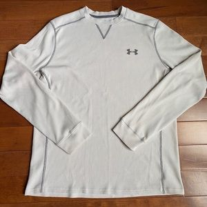 Under Armour Thermal Cold Gear long sleeve shirt